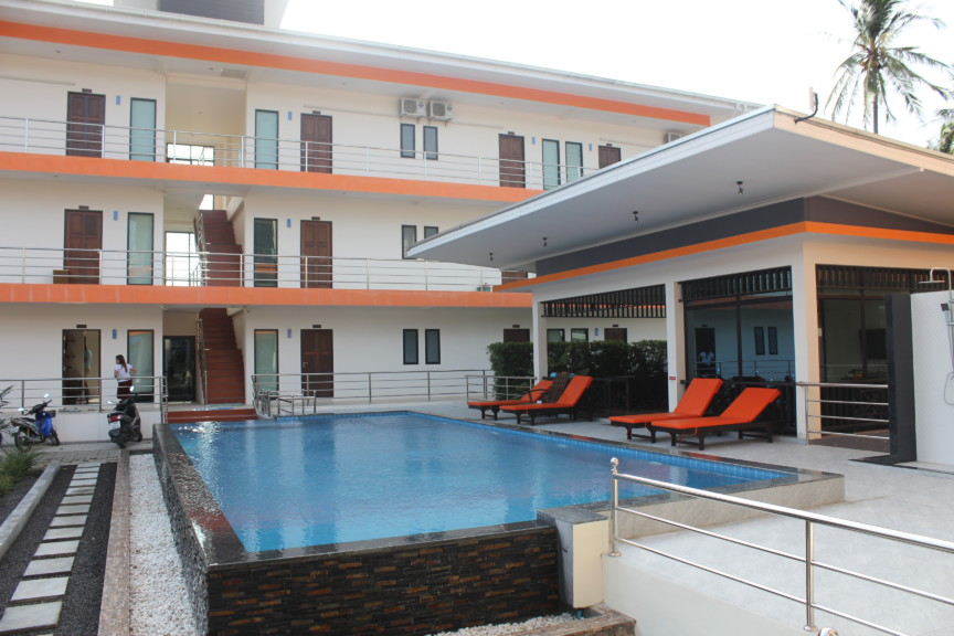 three floor hotel apartment in chaweng koh samui